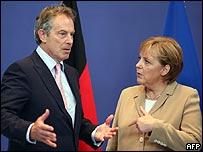 Tony Blair y Angela Merkel