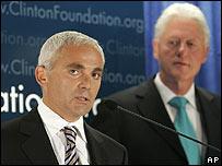 Frank Giustra y Bill Clinton