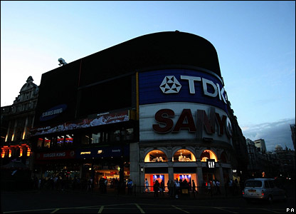 Piccadilly Circus in darkness