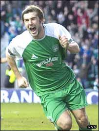 Hibs midfielder Kevin Thomson
