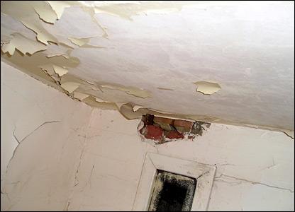 Peeling ceiling paper