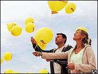 Kate and Gerry McCann release balloons in Praia Da Luz