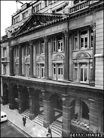Exterior of the Baltic Exchange in 1972
