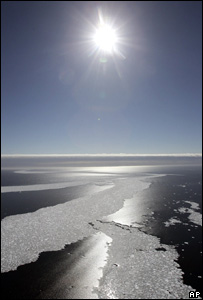 Sun shining on ice in the Arctic (Image: AP)