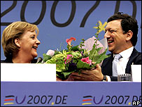German Chancellor Angela Merkel (left) and European Commission President Jose Manuel Barroso at last month's EU summit in Brussels