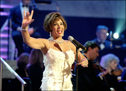 Shirley Basssy performing Goldfinger from the 1964 film