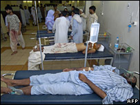 Injured Karachi residents in hospital, 23 June 2007