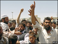Afghans in Kabul demonstrate against the US (file picture)