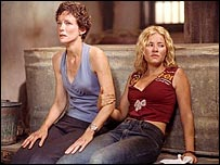 Leslie Hope and Elisha Cuthbert as Teri and Kim Bauer in 24
