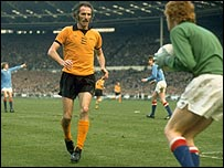 Derek Dougan in action for Wolves