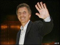 Mauricio Macri celebrates his victory