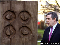 Gordon Brown with sculpture
