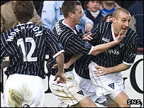 Dunfermline celebrate Jim Hamilton's opening goal