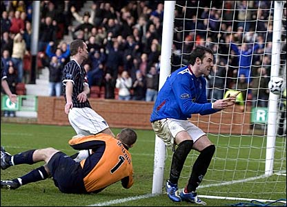 Kris Boyd celebrates scoring his and Rangers second goal