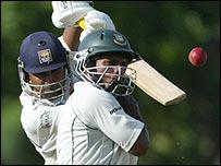 Mahela Jayawardene drives smoothly past Rajin Saleh