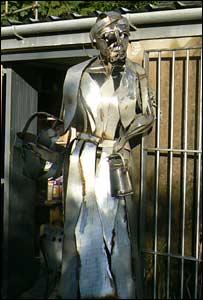 Steel sculpture of Millie