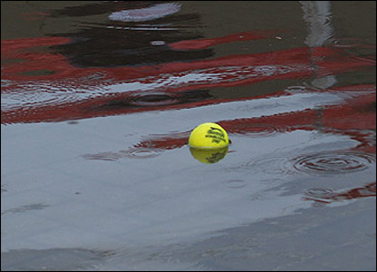 Tennis ball in water at Nottingham (Photo by Andy Zadora)