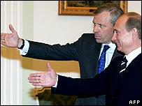 Nato Secretary General Jaap de Hoop Scheffer with Vladimir Putin