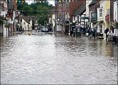 Teme Street flooding. Copyright Ray Torode