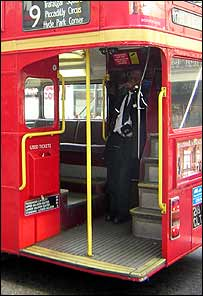 Routemaster platform and stairs
