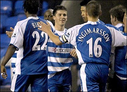 Reading celebrate Shane Long's goal