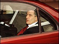 براون في رحلته الأخيرة الى وزارة الخزانة 27-06-07