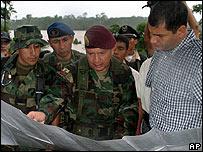 Rafael Correa, durante una visita a Salinas, cerca de la frontera con Colombia, el 28 de diciembre