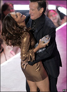 Halle Berry and Robin Williams
