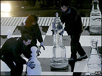 Ice chess match in London