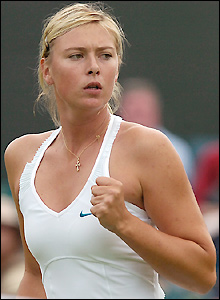 Sharapova dominates on Centre Court