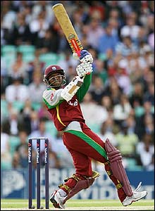 Shivnarine Chanderpaul hits out