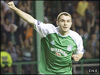 Jamie McCluskey in action for Hibernian