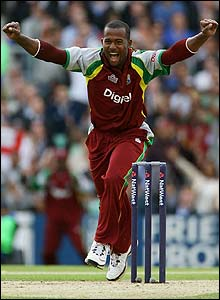 Dwayne Smith claims another wicket