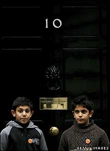 Muhammad and Anas El- Banna hand in a petition at 10 Downing St, calling for the release of their father from Guantanamo