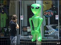 Inflatable alien outside a shop in Roswell, New Mexico