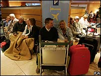 Passengers stranded in Glasgow
