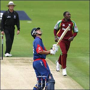Fidel Edwards dismisses England's Alastair Cook