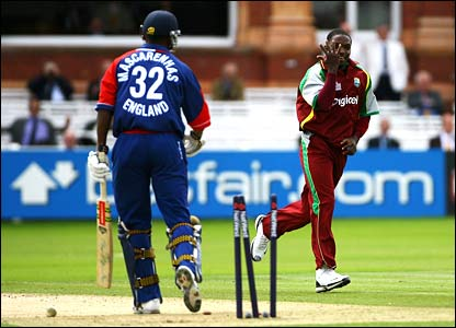 Fidel Edwards is on target again to remove Dimitri Mascarenhas