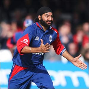 Monty Panesar of England celebrates the wicket of Daren Powell