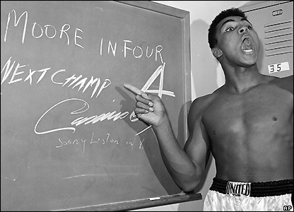 Ali predicts his victory over Archie Moore