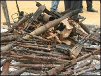 40 AK47 assault rifles