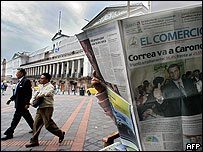 Newspaper reader in Quito