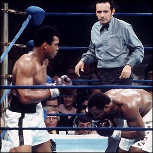 Ali beats Frazier