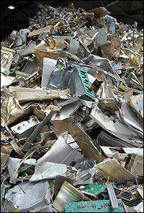 E-waste pile (Image: BBC)