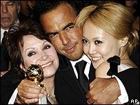 Alejandro Gonzalez Inarritu (centre) with Babel stars Adriana Barraza and Rinko Kikuchi