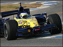 Giancarlo Fisichella in the 2007 Renault F1 car at Jerez