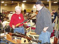 Saxet Gun Show