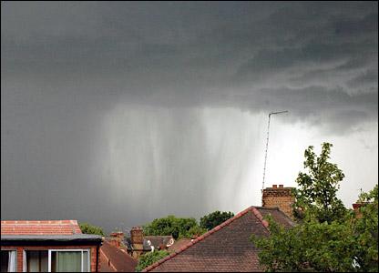 Hailstorm in Streatham Hill. Copyright Quinton J Smith