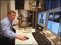 Dr David McComb (LNC)
