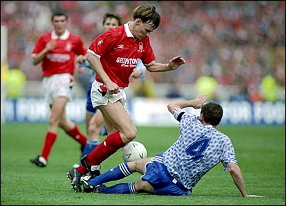 Teddy Sheringham in action for Nottingham Forest in the 1991-92 season